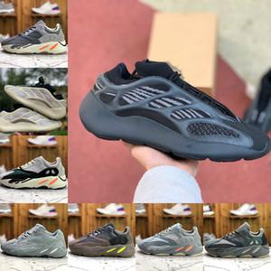 2020 Adidas Yeezy wave runner 700 Boost sply 500 V2 Yeeyz Shoes 700 V3 vanta scheletro bianco GID bagliore nel buio delle donne degli uomini delle scarpe da tennis