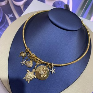Europe and America Popular Fashion Women Necklace Yellow Gold Plated Charm Pendant Choker Necklace for Girls Women Nice Gift for Friend