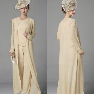 2020 Cristal Mère de costumes de mariée Trois pièces avec la veste en mousseline de soie Wraps Plus Size Jewel Neck manches longues Invité de mariage mères costume pantalon