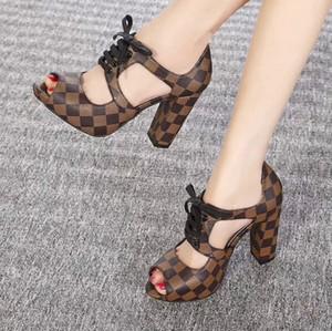 High-End-Damenschuhe Mode High Heels Top-Qualität Kleid Schuhe 35-40 private Gewohnheit