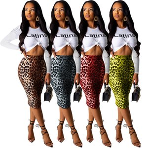 Più nuovo Two Pieces Skirt Set Bianco Maniche lunghe T Shirt Gonna Leopardo Mid Calf Lunghezza Casual Lady Lady Curlub Skirt Outfits Autunno Spring