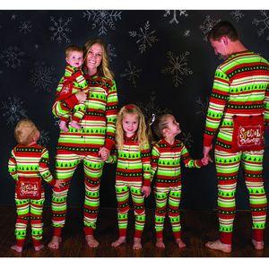 Семья Соответствующие Наряды Рождественские Пижамы Набор Женщин Детские Детские Пижамы Пижамы Мужчины Дети Печати Хлопок Комбинезон Рождественская Пижама