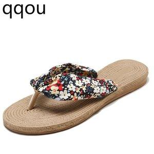 Sommer Flip Flops 2019 Mode Neue Strandurlaub Hausschuhe Polka Dot Floral Schuhe Flip Flops Frauen Hausschuhe
