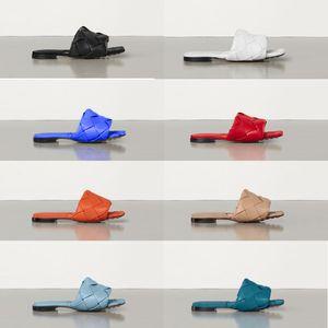 النساء النعال شقة الشرائح يدو الصنادل نسج جلدية البغال تربيع الوحيد 9CM الكعب العالي الشرائح صندل مثير اللباس السيدات أحذية عالية الجودة