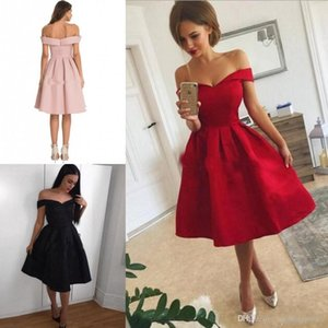 Simple Short Homecoming Dresses Satin Ruffles Off Shoulder Knee Length Homecoming Party Dress Custom Made Hot Short Prom Dresses