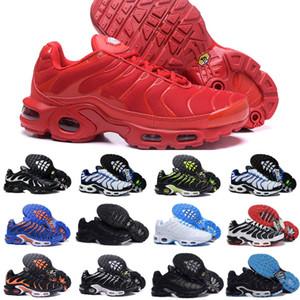 Online Shop 2020 New Air Tn Chaussures Hommes Tn originales Sport Plus Chaussures pas cher Tns Réquin Mesh respirant Noir Blanc Chaussures Designer Rouge