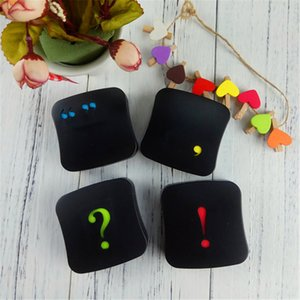 Estuche para lentes de contacto con símbolos de espejo Caja de lentes de soporte portátil Kit de contenedor de lentes de contacto de viaje Color al azar