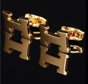 Hot vente H boutons de manchette de chemise de mariage hommes de luxe pour l'or rose ou argent / cuivre doré estampage bouton manchette avec un cadeau brassard lien métallique Mode