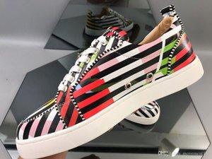 2019 Модельер Red Bottom Shoes Мужчины Stripe Leather Flat кроссовки для женщин Лучшего качества бренд Walking EU35-47