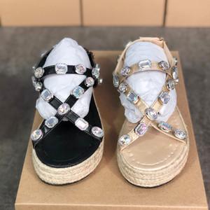 Platform ayakkabılar Slaytlar Yaz Kapak terlik lüks Tasarımcı FlashTrek Kristaller Kadınlara Günlük Ayakkabılar 35-43 ile Sandaletler Flops womens