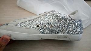 Itália Designer Couro Ouro Superstar Donna couro sapatos casuais menina Mulheres Homens apartamento confortável Chaussures Sneakers