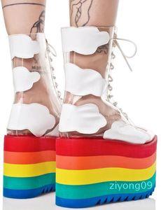 Pista de decolagem Calçados do arco-íris da cor dos doces Meias Botas Alta Plataforma Wedges Transparent Botas Limpar PVC Lace Up Aumentar Shoes Z09