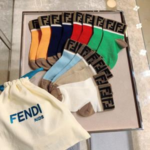 7 coppie ragazze dei neonati dei calzini Primavera Estate Meias Para Bebe calze per bambini in cotone bambino appena nato Sockings del bambino per i ragazzi dei bambini calzini 0-12Y