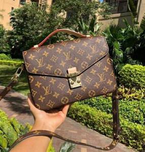 2020 neue Frauen-Leder-Geldbeutel-Handtaschen-Schulter-Beutel-Taschen-Monogramm Druck Blumen-Einkaufstasche aus echtem Leder Messenger Bag Umhängetasche