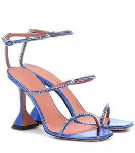 wholesale top quality design women sandals, dress shoes shoes,brand boots, dres shoesetc, made by original lamb skin