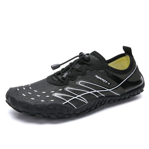 Hot Sale-New Men Chaussures de natation Chaussure d'escalade Chaussures d'eau Outdoor Soft Fitness Sneakers Vélo Seaside Beach Surf Pantoufles