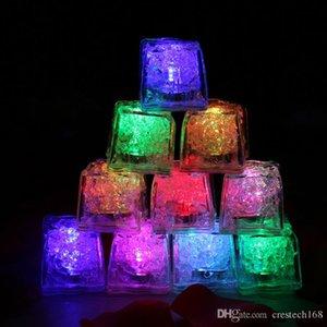LED cubetti di Ghiaccio Luce veloce Flash lento Cambio automatico cubo di Cristallo Acqua-Actived Light-up 7 colori per la festa romantica luce di notte di nozze
