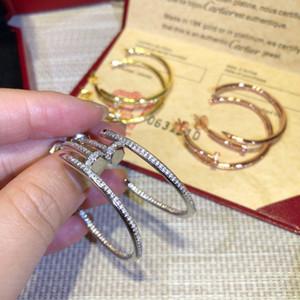 2020 Gli ultimi orecchini femminili modello Stud dea classico chiodo classico di alta qualità con trapano Designer orecchini gioielli di lusso