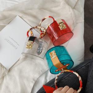 여성 골목 메인 팜므을위한 원통형 지우기 여성 토트 및 지갑 실크 스카프 여성 손 가방 새로운 디자이너 투명 가방