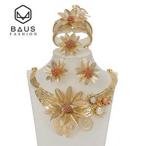 Baus Dubai Costume Bijoux Type De Fleur Couleur Or Ensemble De Bijoux Mariage Nigérian Perles Africaines Ethiopian Or Accessoires De Mariée C19021601