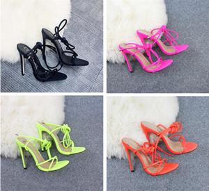 Marken-Designer-europäische und amerikanische Süßigkeiten helle Farbe Pinch-toe Riemchen-High Heels Größe Frauen Schuhe 35-42