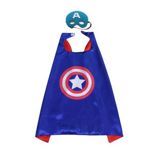 Capa de superhéroe con máscara 27 pulgadas de doble capa Venta caliente Niños Escenario de Navidad Disfraces de disfraces de Halloween Favor de los niños Regalos