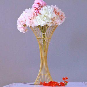 60 cm 24 pulgadas de altura de metal de oro florero de la boda centros de mesa Road Cited Flower Rack Wedding Props Suministros de decoración de eventos