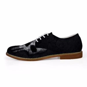 Su misura fresco nero Uomini Oxfords Casual Shoes pelle sintetica cranio di modo scarpe modello business Oxfords degli uomini per l'uomo