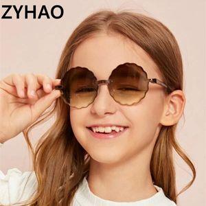 2020 nuovi occhiali da sole senza cornice bambini fiore moda carino rotondo di occhiali da sole UV400 occhiali per ragazze dei ragazzi del bambino dei bambini occhiali da sole