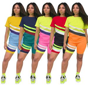 Os mais recentes Contraste Geometria Listrado Cor Treino Mulheres Summer manga curta capuz superior camisetas Shorts Outfits 2 Piece Sportsuit ClothesD6511