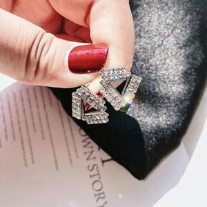 Choucong Lüks Takılar 925 gümüş ve Dolgu CZ Kristal Taşlar Popüler Üçgen Küpe Parti Kadın Gelin Stud Küpe Hediye