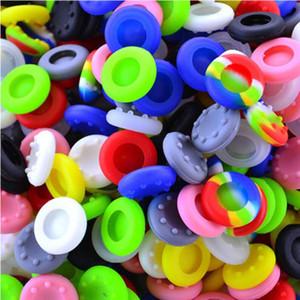 Pour contrôleurs universels ONE / XBOX 360 pour PS3 / PS4 / XBOX 360 Capuchons de pouce en silicone antidérapants Capuchons pour boutons de pouce Couvercles de manettes de jeu Couvre poignées