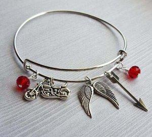 워킹 죽은 Daryl Inspired Charm Bracelets 확장 가능한 와이어 팔찌 Luxury Designer Jewelry 오토바이 천사 날개 화살 팔찌 우정