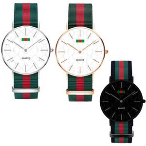 Moda Nylon Reloj Ultra-delgado Reloj Neutral Simple Rojo Verde Rayas Correas Unisex Mujeres Hombres Relojes de pulsera 36 MM 40 MM C71702