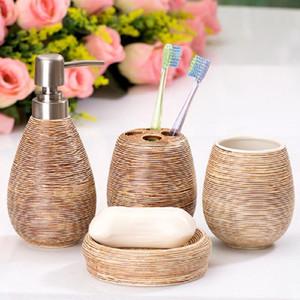 4pcs / Conjunto de cerámica Traje de baño Materiales De Limpieza Suministros baño dispensador de jabón de baño Accesorios Home Suite
