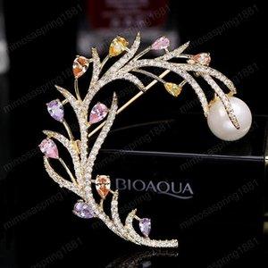 Colorido para las ramas de mujer de marca boda del diseñador de moda de joyería 18K plateó la perla de pernos de las broches ramillete