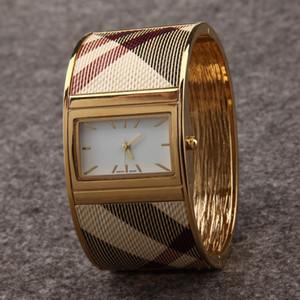 2019 Yeni Varış Kadın bileklik Elbise İzle Altın Çelik saatı Kuvars Lady Kadın İzle relojes mujer hediyeler Için kutu saat d ...