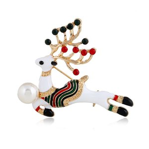 Festival gifts European and American popular oil-dripping animal clothing Christmas deer high-end Brooch