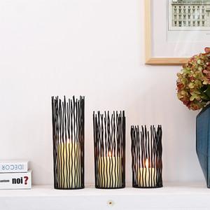 Fer Métal noir Bougeoirs Style Europe évider Candlestick Home Living Ornement salle des fêtes de mariage Décor