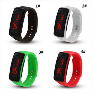 2019 new fashion men and women students second generation bracelet led silicone watch WCW033