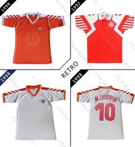 덴마크는 1998 레트로 축구 유니폼 홈 멀리 흰색 빈티지 축구 셔츠 1998 복고풍 클래식 축구 셔츠 빨간색