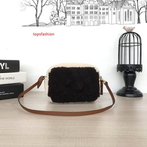 Designer bags new winter BEACH POUCH Clutch Bags Teddy bags M68599 fashion handbags wallet womens  designer bag handbag