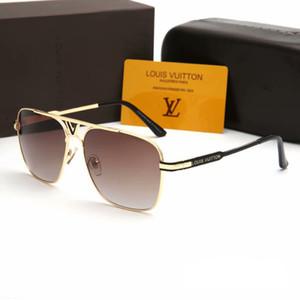 occhiali da sole di marca francese di nuovo modo per gli uomini e le donne grande sole quadrato struttura in metallo stile lettera vetri dell'obiettivo PC HD occhiali di guida