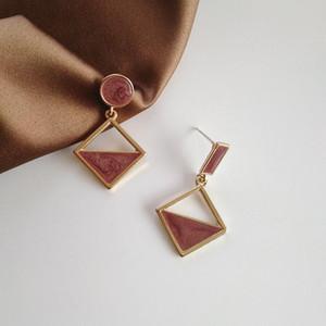 Korean Personality Simple Metal Pink Drop Oil Geometry Asymmetry Clip Earrings for Sweet Girl Women Fashion Jewelry Accessories