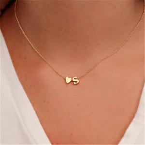 Art und Weise einfache Herz Anfangsbuchst Ketten für Frauen Personalisierte 26 Alphabet Gold Silber Anhänger Choker Halskette Mädchen modische Schmucksachen