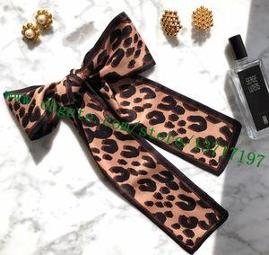 Grade Lady Top real Silk Wrappy Para Bag Handle Mulheres Headband Bandeau G Designer Brown leopardo Pouco Cachecol 118 * 8 cm