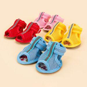 Симпатичные противоскользящие маленькие собаки обувь домашняя обувь конфеты цвета горячие продажи собака обувь повседневная весна лета дышащая мягкая сетка сандалии 4.6