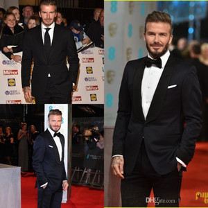 Nero TUXEDOS Custom Made Beckham Red Carpet Abiti da uomo Fine Mens Abiti da sposa con pantaloni in raso Nero Risvolto Beach Garden Best groom