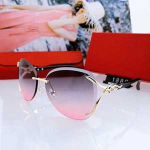 Summer Womens Designer Sunglasses Luxury Woman Sunglasses Adumbral Goggle Glasses UV400 C 1886 3 Color Highly Quality with Box