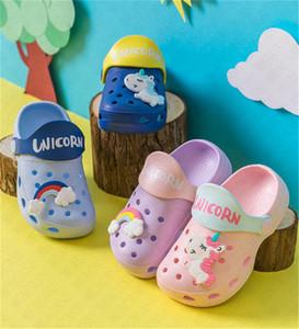 Erkekler Kızlar Yaz Moda Düz Sandalet Çocuk Karikatür Unicorn Mağarası Ayakkabı Antiskid Bebek Terlik Plaj Ayaklı Çocuklar açık D62207 Flops